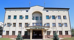 Здание Верховного суда Ингушетии. Фото: http://www.ingushetia.ru/m-news/archives/g376f_041.shtml