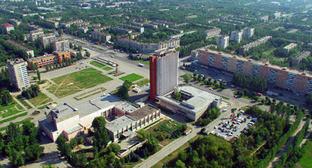 Панорама Волжского - проспект Ленина и главная площадь города. Фото: http://www.admvol.ru/Gallery/Volzhskii_s_vysoty_ptichego_poleta.asp