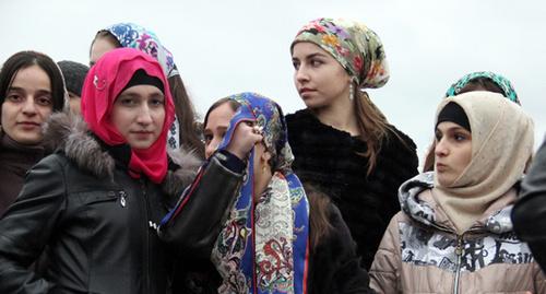 Женщины Северного Кавказа своими главными проблемами назвали безработицу и низкие зарплаты