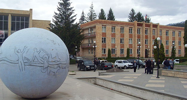 Муниципалитет города Дилижан, Тавушская область, Армения. Фото: 23artashes, https://commons.wikimedia.org/wiki/Category:Tavush_Province#/media/File:%D4%B4%D5%AB%D5%AC%D5%AB%D5%BB%D5%A1%D5%B6%D5%AB_%D6%84%D5%A1%D5%B2%D5%A1%D6%84%D5%A1%D5%BA%D5%A5%D5%BF%D5%A1%D6%80%D5%A1%D5%B6_02.JPG