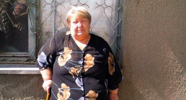 Людмила Богатенкова у здания Буденновского горсуда 19 мая 2015г. Фото: Анна Михайлова