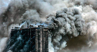 Пожар в многоэтажке в Баку. Фото Orkhan Aslanov, http://news.day.az/society/580281.html