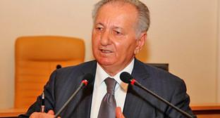 Борис Зумакулов. Фото http://kavkaz-antiterror.ru/society/399-u-detey-dolzhen-byt-dom.html