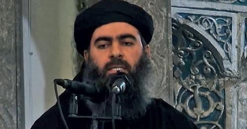 """Абу-Бакр аль Багдади, лидер признанной террористической организацией в ряде стран """"Исламского государства"""". Кадр из видео пользователя islam guraba http://www.youtube.com/watch?v=D3fZWDgoRic"""