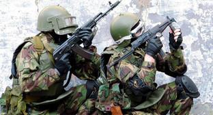 Представители силовых структур на спецоперации. Фото6 http://nac.gov.ru/nakmessage/2014/07/11/v-khode-spetsoperatsii-v-tsumadinskom-raione-dagestana-neitralizovany-dva-band.html