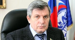 Абдурахманов Дукуваха Баштаевич. Фото: http://chechen.er.ru/media/userdata/news/2014/03/17/e01e0b1378a85c970c66b1dde212e17d.jpg