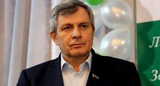Дукуваха Абдурахманов. Фото: http://svopi.ru/obsh/49542-ushel-iz-zhizni-predsedatel-chechenskogo-parlamenta-dukuvaha-abdurahmanov.html