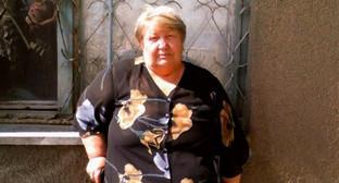Людмила Богатенкова у здания Буденновского горсуда 19 мая 2015г.Фото Анна Михайлова
