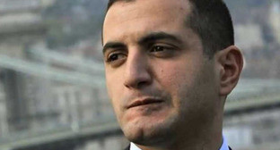 Давид Кезерашвили. Кадр из видео пользователя Georgia Times http://www.youtube.com/watch?v=ngtQMWqHcSk