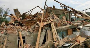 Обрушение в здании Института вычислительной математики Тбилиси, 6 июля 2015 г. Фото http://georgia-news.org/proisshestviya/174-obrushilas-chast-zdaniya-instituta-matematiki-v-tbilisi.html