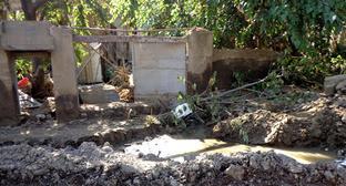 """До наводнения в ночь на 14 июня на этом месте был расположен дом Александра Хохобашвили. Тбилиси, июнь 2015 года. Фото Инны Кукуджановой для """"Кавказского узла"""""""