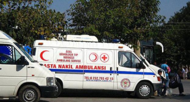 Машина скорой помощи в Суруче. Турция. Фото http://haqqin.az/news/49382
