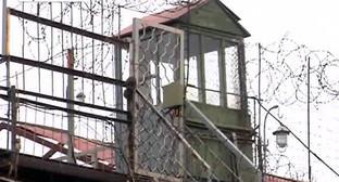 Ограждение территории исправительно-трудовой колонии. Фото: http://gorodskoyportal.ru/volgograd/news/incident/6856533/