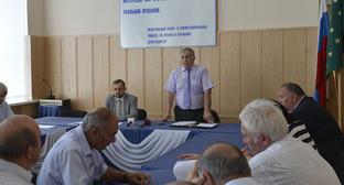 Собрание руководителей общественных организаций и членов их советов. КЧР, 31 июля 2015 г. Фото http://www.riakchr.ru/