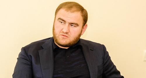 Эксперты не связывают отставку Рауфа Арашукова с претензиями на пост главы Карачаево-Черкесии