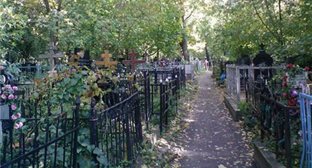 Кладбище в Налчике. Фото: http://kbrinfo.ru/sites/default/files/field/image/kladbiwe3.jpg