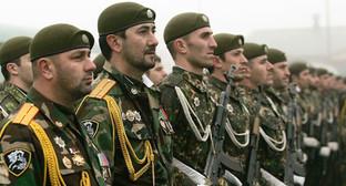 """Построение батальона """"Север"""" http://grozny.moy.su/photo/11-18-0?photo=1451"""
