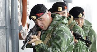 Учения в батальоне морской пехоты Каспийской флотилии. Фото: http://function.mil.ru/news_page/country/more.htm?id=12054322@egNews