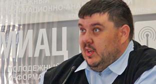 Алексей Ульянов. Фото http://vk34.ru/oni-o-nas-eshhyo-uslyishat!