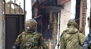 Представители силовых структур в ходе КТО в Грозном. Фото: http://ngrz.ru/wp-content/uploads/2015/01/likvidirovannyj_v_chechne_bandit_gotovil_seriju_teraktov.jpg