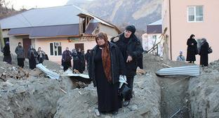Жители поселка Гимры, декабрь 2014 года. Фото: http://gimry.ucoz.com/