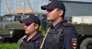 Сотрудники полиции. Фото: http://www.vvmvd.ru/news/news_6107.html