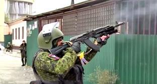Спецоперация в Старопромысловском районе Грозного. 8 октября 2015 г. Фото: оперативная съемка МВД ЧР http://www.youtube.com/watch?v=Giaed4U6-CU