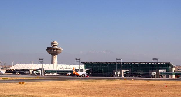 """Аэропорт """"Звартноц"""" в Армении. Фото: http://www.aksam.com.tr/dunya/ermenistana-kotu-haber/haber-175864"""