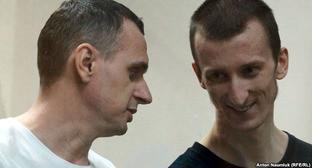 Олег Сенцов (слева) и Александр Кольченко. Фото: http://www.svoboda.org/content/article/27269960.html