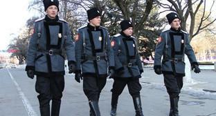 Казаки на улице Краснодара. Фото: http://kubnews.ru/