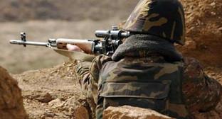 Солдат на передовой. Фото: http://armvesti.ru/news/14725.html
