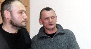 Николай Карпюк (слева) и Станислав Клых в суде. Фото: RFE/Rl
