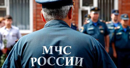 Сотрудник МЧС. Фото: Владимир Аносов. ЮГА.ру