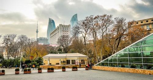 """Улица в центре Баку. Фото Азиза Каримова для """"Кавказского узла"""""""