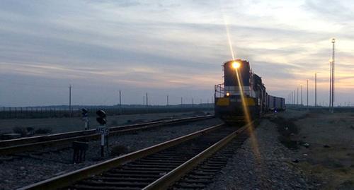 Поезд. Фото: http://flnka.ru/digest-analytics/12157-tranzitnyy-poezd-s-ukrainy-pribyl-v-baku-v-obhod-rossii.html