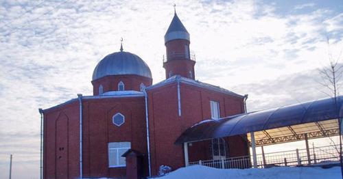 Мечеть аула Мафэхабль, в ауле компактно проживают черкесские репатрианты. Адыгея. Фото http://islamcenter.ru/?item=914#prettyPhoto