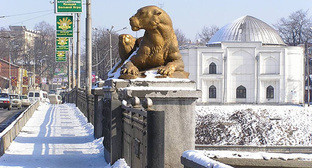 Владикавказ зимой. Фото: http://abe87.narod.ru/photos/vladikavkaz/vladikavkaz.htm