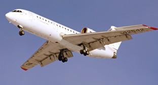 Самолет Як-42Д. Фото Дмитрия Терехова, Wikipedia.org