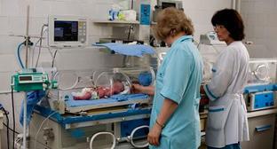 Медицинские работники в родильном отделении. Фото http://kabardin-balkar.er.ru/