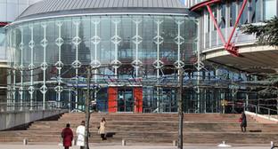 Центральный вход Европейского суда по правам человека. Фото: Rh-67, https://ru.wikipedia.org/wiki/Европейский_суд_по_правам_человека