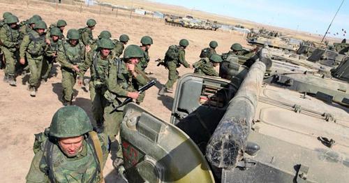 Учения мотострелков. Фото http://www.riadagestan.ru/