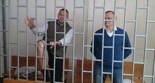 Николай Карпюк и Станислав Клых в зале суда. Фото: facebook Oleg Mezencev, http://www.ekhokavkaza.com/content/article/27410239.html