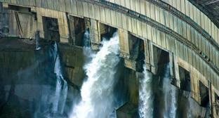 Ингурская ГЭС. Фото: Donovan Driver https://ru.wikipedia.org/