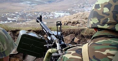 На линии соприкосновения в Нагорном Карабахе. Фото http://vesti.az/news/263365
