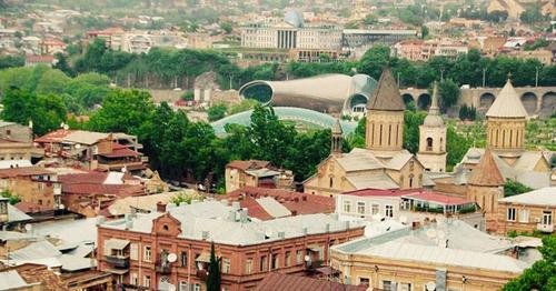 """Христианские церкви в старой части Тбилиси. Фото Магомеда Магомедова для """"Кавказского узла"""""""
