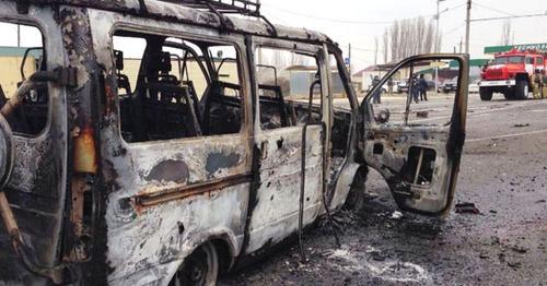 На месте теракта на посту ГИБДД около села Джемикент Дербентского района. 15 февраля 2016 г. Фото http://nac.gov.ru/