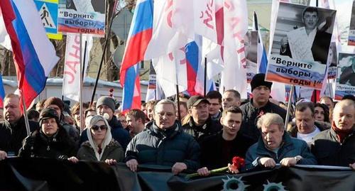 Участники шествия в память о Борисе Немцове в Москве. 27 февраля 2016 года. Фото: Dasha Volya, Facebook.com