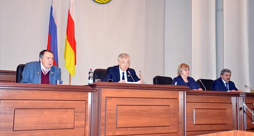 Сессия парламента Северной Осетии. Фото: http://www.parliament-osetia.ru/