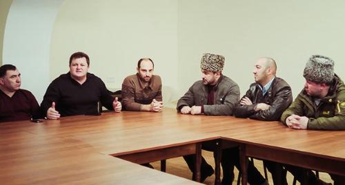"""Участники заседания черкесских активистов, 17 марта 2016 года, фото Аси Капаевой для """"Кавказского узла"""""""