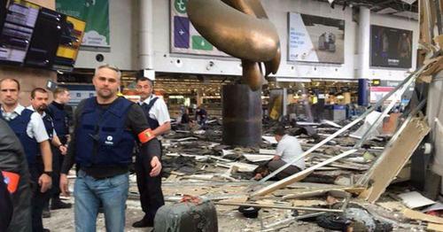 В аэропорту Брюсселя прогремел взрыв. Фото: witter.com http://news.bigmir.net/world/987499-Serija-teraktov-v-Brjussele--onlajn